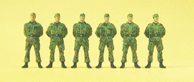 Preiser Modern German Army (BW) Soldiers Standing with Cap Model Railroad Figures HO Scale #16839