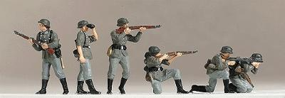 Preiser German WWII Painted Combat Infantry Firing Weapons Model Railroad Figures HO Scale #16880