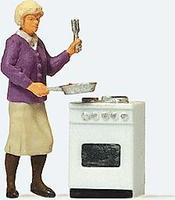 Preiser At the Stove Model Railroad Figure HO Scale #28133