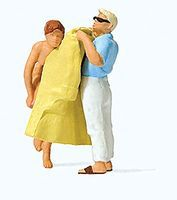 Preiser Changing Clothes on the Beach Model Railroad Figure HO Scale #28162