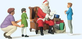 Preiser Santa Claus in Chair, Mother with 3 Children G Scale Model Railroad Figure #44931
