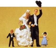Preiser Bride, Groom, Ring Bearer & Flower Girl Model Railroad Figures G Scale #45041