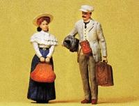 Preiser Traveling Couple with Luggage Model Railroad Figures G Scale #45052