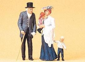 Preiser Old Man, Young Woman & Two Children Model Railroad Figures G Scale #45066