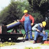 Preiser Modern US Track Welder & Helper with Hardhats Model Railroad Figures G Scale #45076