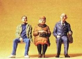 Preiser Seated People Wearing Fall Clothes Model Railroad Figures G Scale #45081