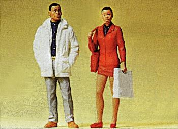 Preiser Passers-by Model Railroad Figures G Scale #45082