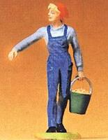 Preiser Farmers Wife In Overalls, Carrying Feed Pail Model Railroad Figure 1/25 Scale #47102