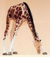Preiser Giraffe Feeding with Head Lowered Model Railroad Figure 1/25 Scale #47502