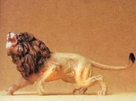 Preiser Lion Charging with Teeth Bared Model Railroad Figure 1/25 Scale #47504