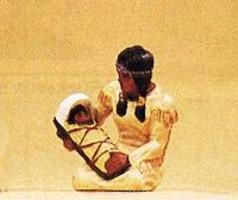 Preiser Native American Woman with Baby on Cradle Board Model Railroad Figure 1/25 Scale #54616