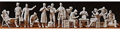 Preiser Kg WWII German Luftwaffe Pilots & Ground Crew -- Model Railroad Figures -- 1/48 Scale -- #67001