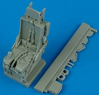 Quickboost F105 Ejection Seat w/Safety Belts -- Plastic Model Aircraft Accessory -- 1/32 Scale -- #32067
