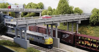 Rix Products 150' Highway Overpass w/Piers (4) -- Model Railroad Bridge -- N Scale -- #153