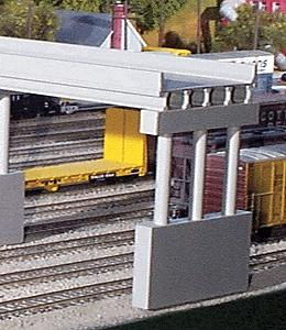 Rix Products 50' Modern Highway Overpass w/Pier -- Model Railroad Bridge -- N Scale -- #162
