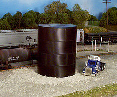 Rix Products 29' Water/Oil Tank Kit (Flat Top) -- Model Railroad Building -- HO Scale -- #500