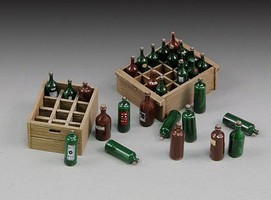 Royal-Model 1/35 Wine Bottles & Crates (Resin)