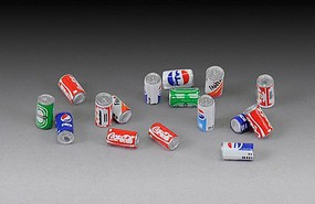 Royal-Model 1/35 Soda Cans- 16 good & 16 dented (Resin w/Decals)