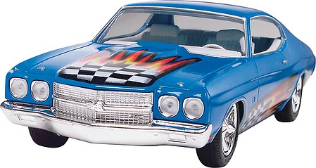 Revell-Monogram 1970 Chevelle SS 454 -- Snap Tite Plastic Model Vehicle Kit -- 1/25 Scale -- #851932