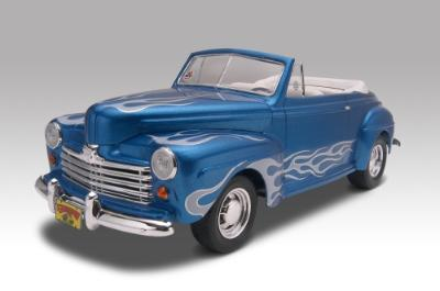 Revell-Monogram 1/25 '48 Ford Convertible
