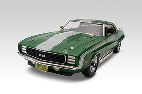 Revell-Monogram 1969 Camaro SS 427 L-72 Baldwin Plastic Model Car Kit 1/25 Scale #852061