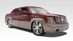 Revell-Monogram Cadillac Escalade EXT Plastic Model Car Kit 1/24 Scale #852092