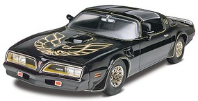 Revell-Monogram Smokey and the Bandit 1977 Firebird Plastic Model Car Kit 1/25 Scale #854027