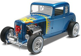 1932 Ford 5 Window Coupe Plastic Model Car Kit 1/25 Scale #854228