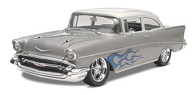 Revell-Monogram 1957 Chevy Bel Air 2 Door Sedan 2'n1 -- Plastic Model Car Kit -- 1/25 Scale -- #854251