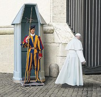 Revell-Germany Swiss Guard Plastic Model Military Figure 1/16 Scale #02801
