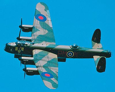 Avro Lancaster Mk.I/Mk.III RAF Plastic Model Airplane Kit 1/72 Scale #04300
