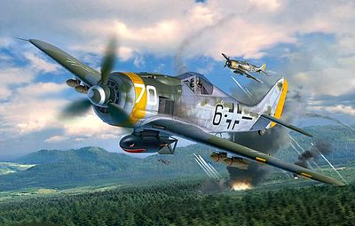 Revell-Germany Focke Wulf Fw190 F-8 Plastic Model Airplane Kit 1/32 Scale #04869