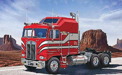 Revell of Germany Kenworth Aerodyne -- Plastic Model Truck Kit -- 1/32 Scale -- #07671