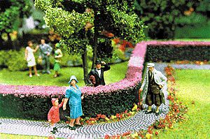 Scenic Express Ornamental Hedges & Shrubbery - Flowering Hedges -- Model Railroad Scenery Supplies -- #512