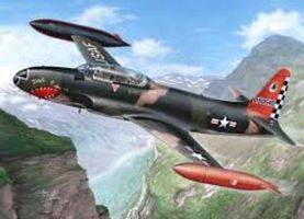 Special T33 T-Bird Aircraft over Europe (New Tool) Plastic Model Airplane Kit 1/32 #32050