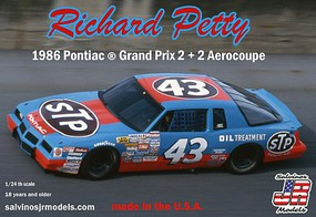 Salvinos 1/24 Richard Petty #43 Pontiac Grand Prix 1986 2+2 Aerocoupe Winston Cup Race Car