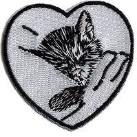 Sundance Chesapeake & Ohio (Chessie Kitten in Heart, White, Black) 2'' Cloth Railroad Patch #76026