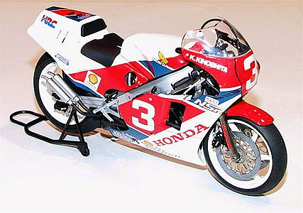 Tamiya Honda NSR500 Factory Color Racing Bike -- Plastic Model Motorcycle Kit -- 1/12 Scale -- #14099