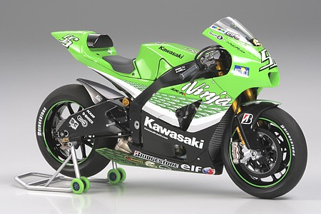 Tamiya Kawasaki Ninja ZX-RR Bike -- Plastic Model Motorcycle Kit -- 1/12 Scale -- #14109