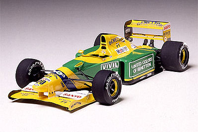 Benetton B192 Formula Racecar Open Wheel F1 GP Plastic Model Car Kit 1