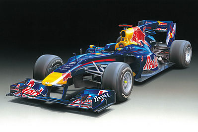 Tamiya Renault RB6 Red Bull Formula Racecar Openwheel F1 GP -- Plastic Model Car Kit -- 1/20 Scale -- #2006