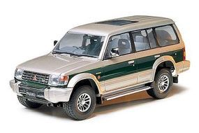 Tamiya Pajero Super Exceed SUV Plastic Model Vehicle Kit 1/24 Scale #24115