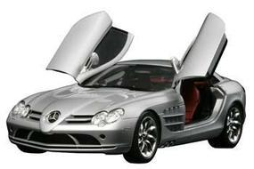 Tamiya Mercedes-Benz SLR McLaren Sportscar Coupe Plastic Model Car Kit 1/24 Scale #24290