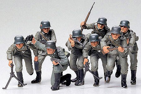 Tamiya German Assault Troops Soldiers Set -- Plastic Model Military Figure Kit -- 1/35 Scale -- #35030