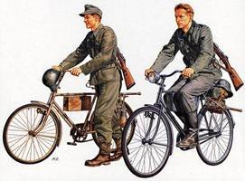Tamiya German Soldiers w/Bicycle Set Plastic Model Military Figure Kit 1/35 Scale #35240