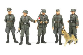 Tamiya WWII German Field Military Police Set Plastic Model Military Figure Kit 1/35 Scale #35320
