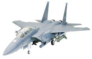 Tamiya USAF F-15E Strike Eagle w/Bunker Buster Jet -- Plastic Model Airplane Kit -- 1/32 Scale -- #60312