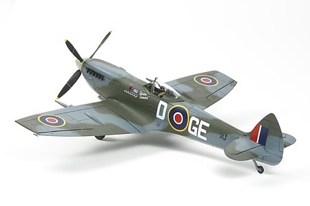 Tamiya Supermarine Spitfire Mk.X Fighter -- Plastic Model Airplane Kit -- 1/32 Scale -- #60321