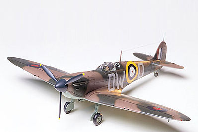 Tamiya Supermarine Spitfire MK1 Fighter Aircraft -- Plastic Model Airplane Kit -- 1/48 Scale -- #61032