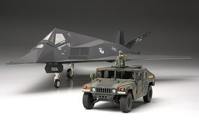 Tamiya F-117A 1/48 Nighthawk Stealth Attack Aircraft & Hummer 4x4 Plastic Model Airplane Kit #89773